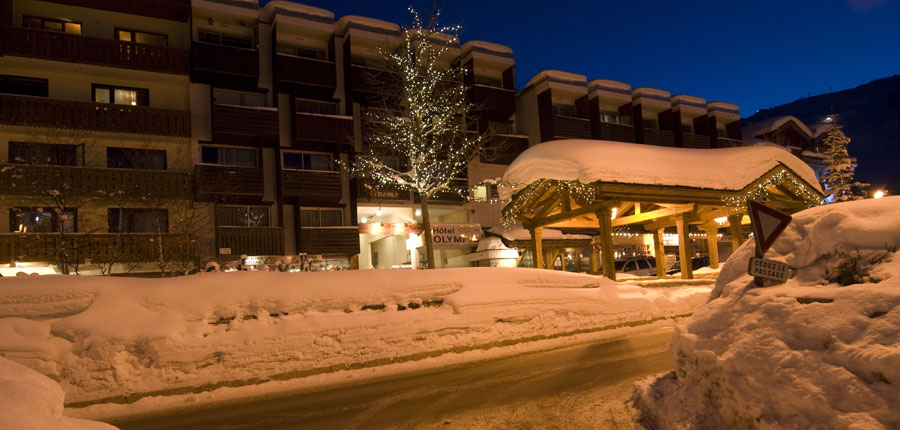 france_three-valleys-ski-area_courchevel_hotel_olympic_night.jpg